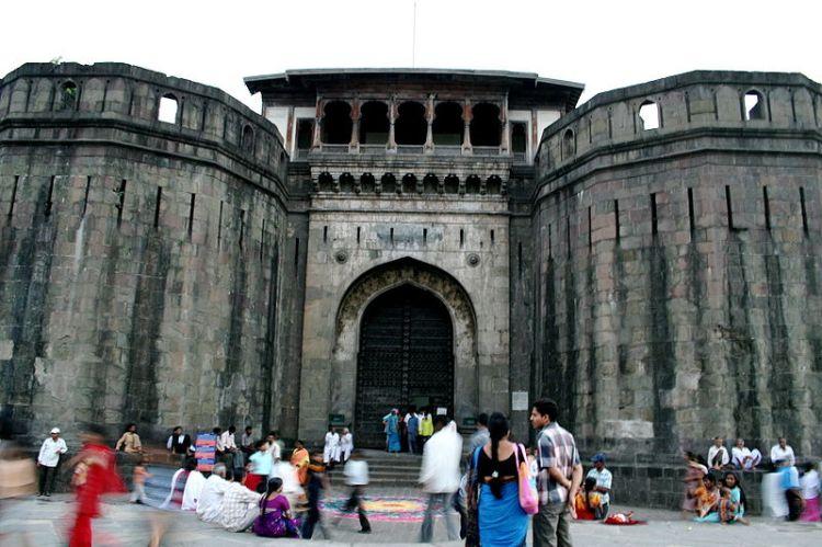 800px-Shaniwarwada_Pune