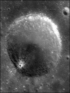_46295867_chandrayancrater226